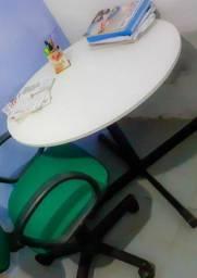 Mesa redonda 90 de diâmetro 200 R$