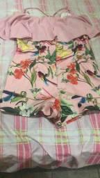 Varias peças de roupas