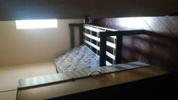 Alugo quartos em República