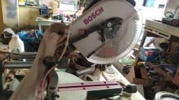 Serra meia esquadria telescópica Bosch 10 polegadas madeira e alumínio