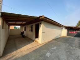 Casa no centro de Piraquara !