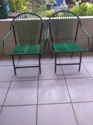 Duas cadeiras hoje por 100$