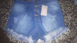Shorts jeans número 42 tamanho pequeno, veste bem 40