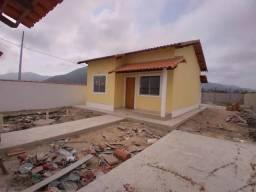 Ótima  Casa Com Quintal Imenso Em Itaipuaçu