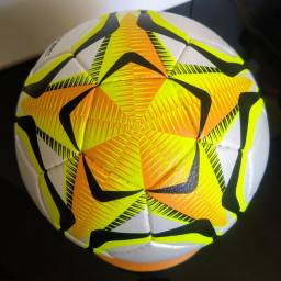 Bola de Futsal 500 Oficial Penalty Brasil 70 Pró, modelo profissional (Nova)