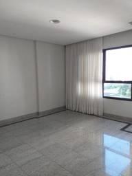 Vendo apartamento no Alto do Itaigara, oportunidade! São 123m2, 4/4 sendo 1 suíte, 2 vagas