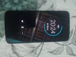 Moto Z3 player