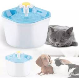 Bebedor de água para cães e gatos