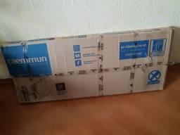 Painel de tv com prateleiras