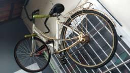 Bicicleta Caloi Ceci antiga
