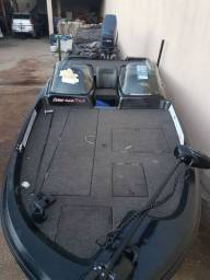 Bass boat trick 460 Mega bass