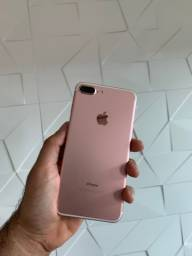 IPhone 7 Plus rose, muito novo