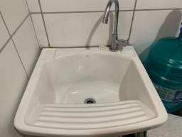 Tanque lava roupa Deca ( pia ).
