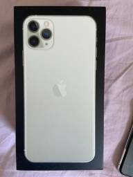 Vendo IPhone 11 pro Max 256gb Prata