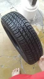 Pneu Pirelli 175/65/14 novo novo