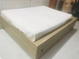 Cama casal + armário