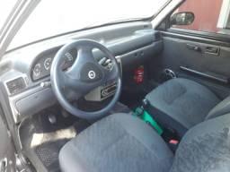 Fiat uno básico 2008
