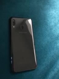 Vendo celular A20 Semi novo
