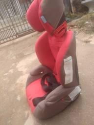 Cadeirinha de assento para criança
