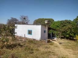 Chácara completa casa curral pomar rio energia 50 km de Anápolis 90 de Goiânia.