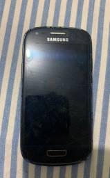 Celular Samsung S3 Só liga se coloca uma bateria