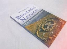 Livro Bruxaria Natural by Tânia Gori