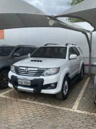 Toyota SW4 SRV 2015 05 lugares - 69 mil kms