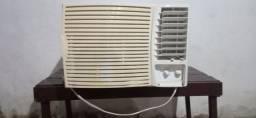 Condicionador de ar springer 12000BTUs. 220w