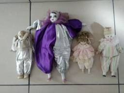 Bonecas de Pierot (cabeça, mãos pés em porcelana)usadas