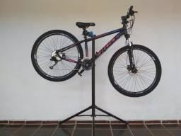 Bicicleta quadro de alumínio first shelby - Aro 29? - 27v