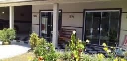 Vendo casa no Jd Guaraituba com 03 quartos.