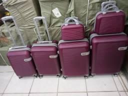 Vendo malas de viagem