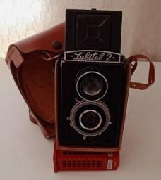 Câmera fotográfica Lomo Lubitel 2 - Fabricada entre 1954 e 1980 - Raridade
