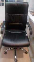 Cadeira modelo presidente