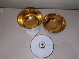 Cibório de Porcelana Italiano Folhado a Ouro