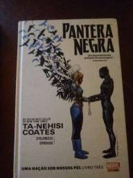 Combo 2 livros Marvel 1 livro pantera negra e guardiões da galáxia