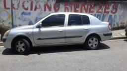 Clio sedan 2005 1.6