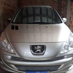 Peugeot 207 automático 1.6 xs.