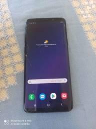 Samsung S9 Plus 128GB, trincado, tudo funcionando.