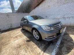 Mercedes c180 2012 linda!