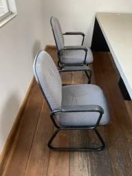 2 Cadeiras para escritório Conservadas