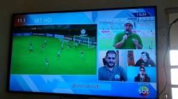 Vendo uma tv  42 PHILIPS  valor 650 reais