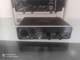 Vendo Interface De Áudio Behringer UMC22 Com Defeito No Precinho