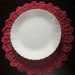 Sousplat de crochê cor de rosa