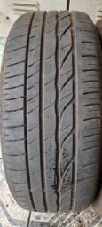 Dois pneus 205/55 R16 450,00