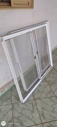 Vendo 2 janelas de esquadrias de alumínio