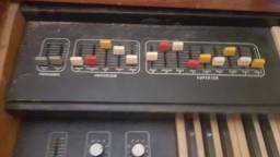 Título do anúncio: Órgão pra restaurar ou decoração