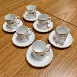 Conjunto de Porcelana Renner Medaillon para Cafezinho