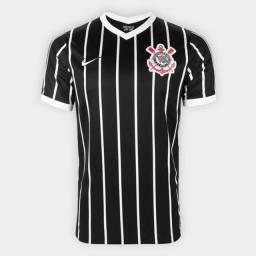 Camisas do Corinthians.