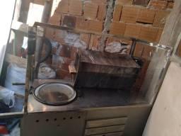 Vendo carrinho +churrasqueira +tacho +fogão já adptado